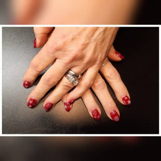Full set acrylic with extensions, gel polish with Xmas foils.  Message me or text 321-848-6789 for an appointment.   #nailsbynadine #nailextensions #acrylicnails #rednails #nailart #foilnails #christmasnails