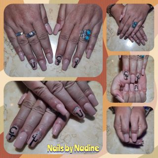 Going to Country Thunder?  Full set $30 gel polish $10 nail art $15  Message me or text 321-848-6789 for an appointment