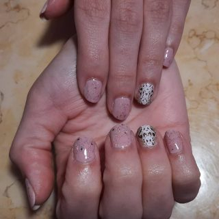 Gel polish manicure $22 snake skin nail art $5  Message me or text 321-848-6789 for an appointment